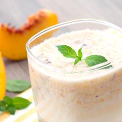 Fersken/mango morgenmadsssmoothie