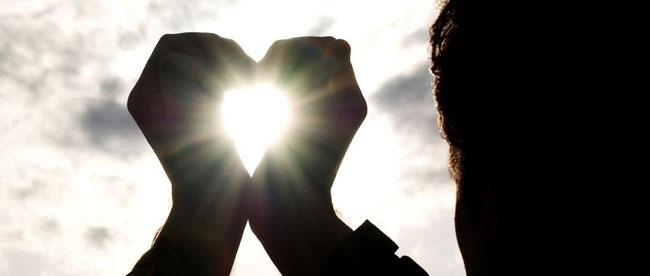 Tegn på han elsker og holder af dig