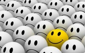 vær gladere